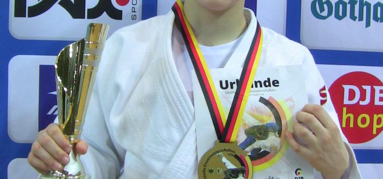 Mathilda Sophie ist Deutsche Meisterin U18 in der Gewichtsklasse -70kg!